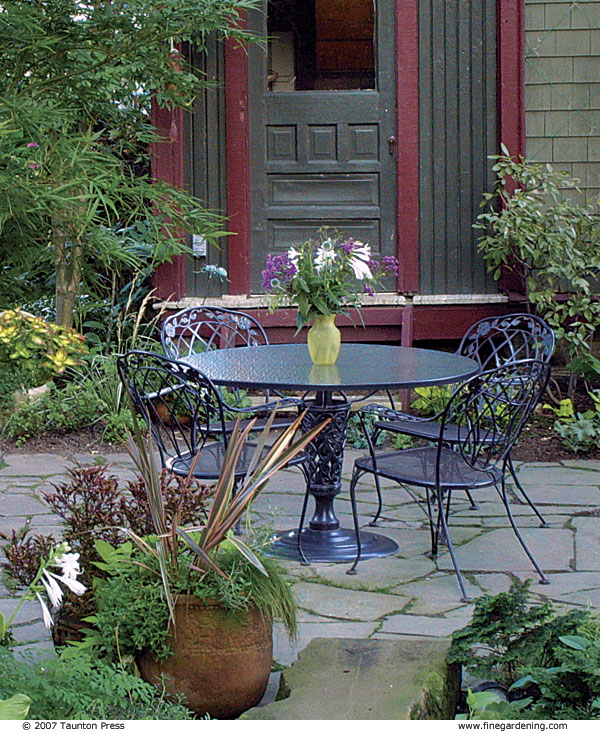 Matching The Colors Of Your House And Garden Finegardening