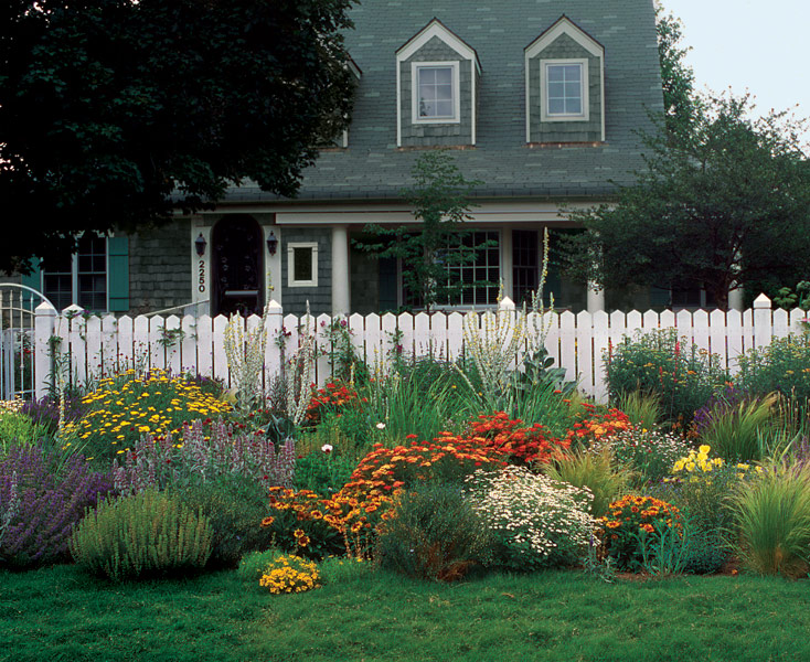 A Front Yard Garden In No Time Finegardening