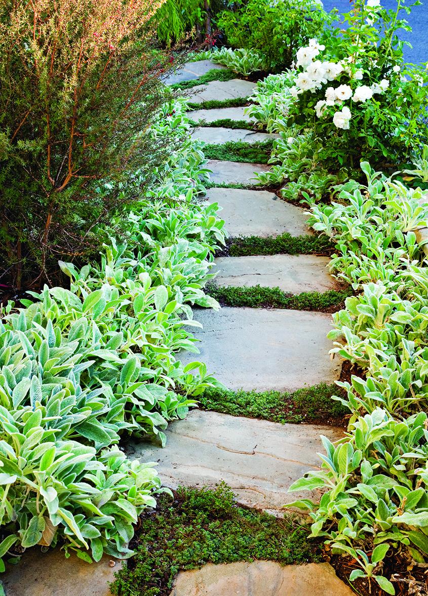 Image 4: Flat fieldstone path (from LITW, page 122) Photo/Illustration: Mark Lohman